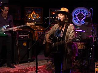 Lynn Drury – Live from the PinChurch (set 1)